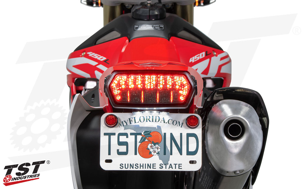 TLK09C_TST-Programmable-Sequentail-LED-Integrated-Tail-Light-Clear-Kawasaki-Z900-Z650-Ninja-650-2017+_Image-3