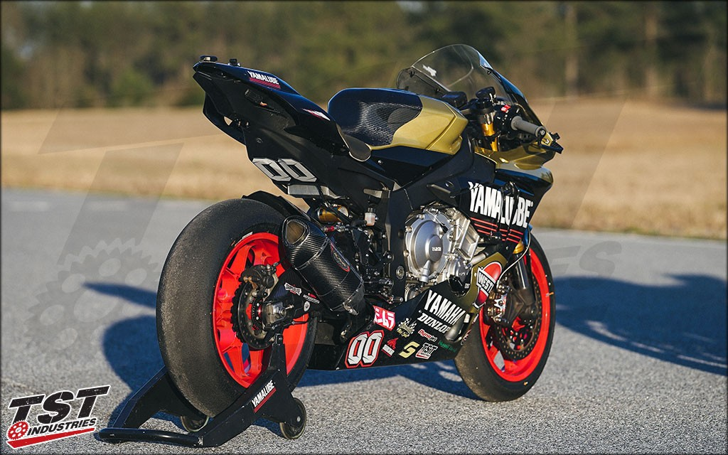 Team Westby in MotoAmerica with the SE Moto Tank Shroud. (Version 1 Shown)