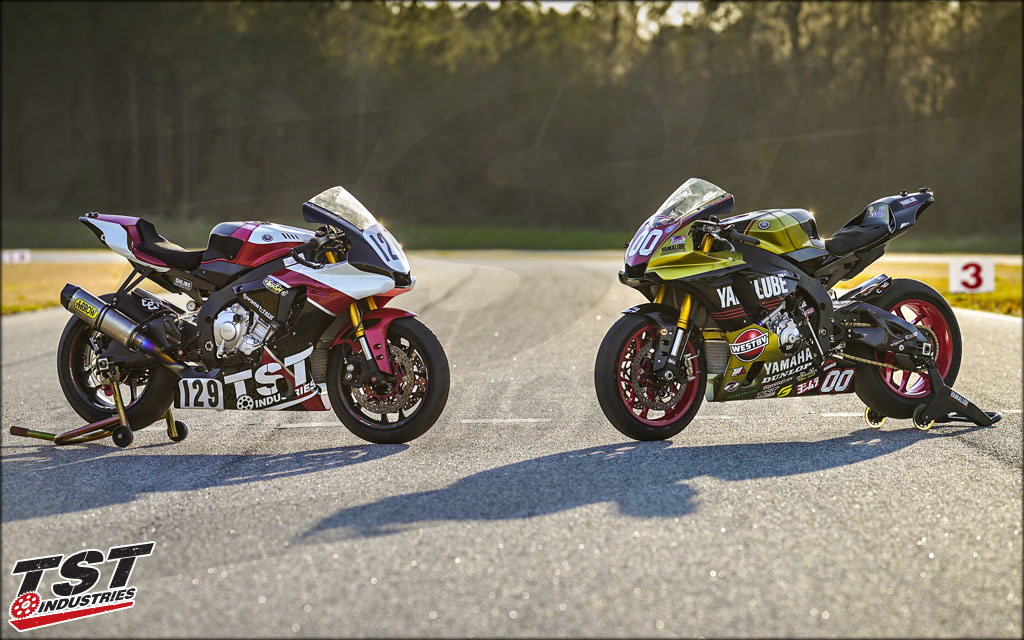 Team Westby and Team TST bikes equipped with the tank shroud. (Version 1 Shown)