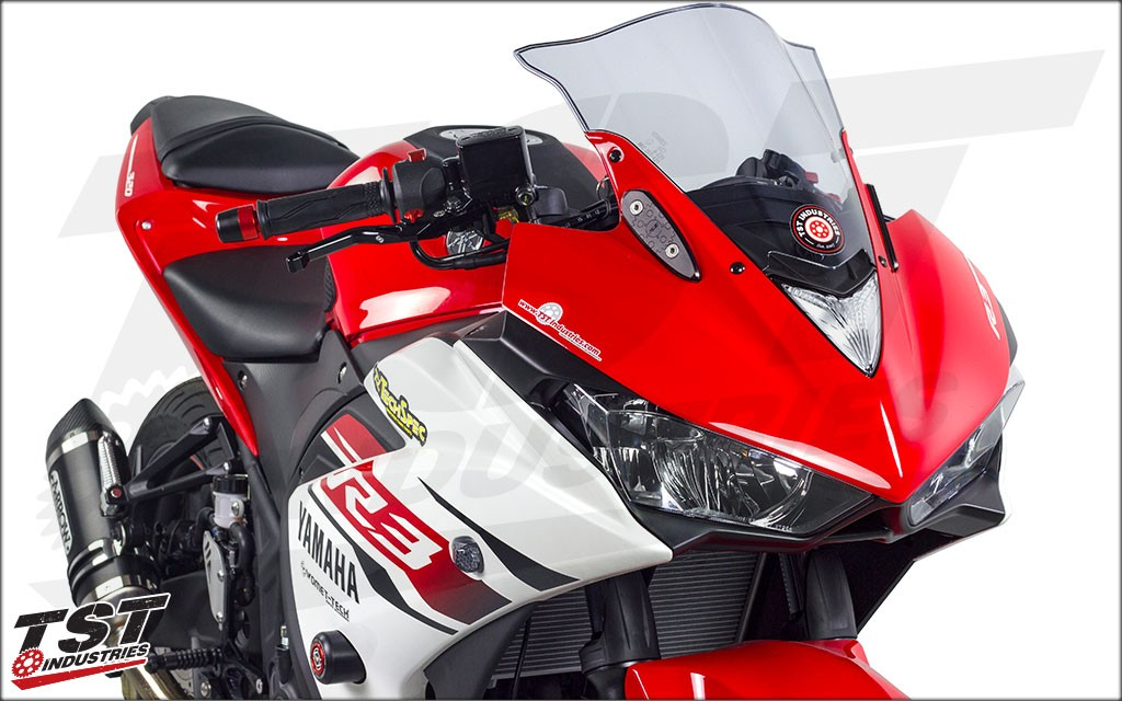 Yamaha YZF R3 with TST Industries mirror block off plates.