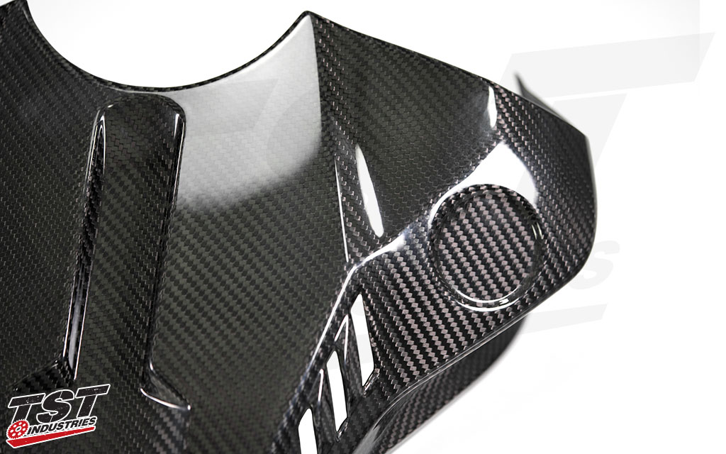 Upgrade your Yamaha R1 tank cover to lightweight and sexy twill carbon fiber.
