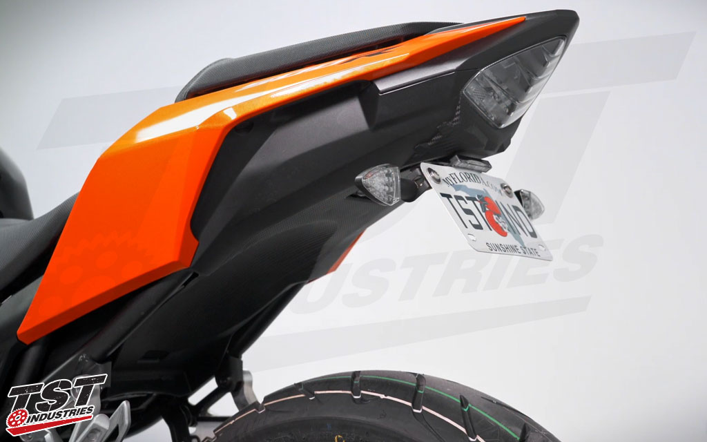 Ditch the bulky OEM fender on your Honda CBR500R / CB500F. (Shown with the TST LED Pod Signal Kit and LED Low-Profile License Plate Light - sold separately)