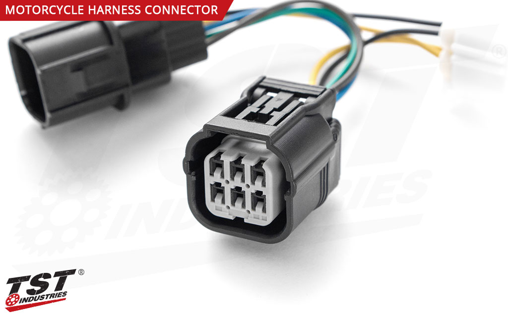 Close up of the harness converter motorcycle connection plug.