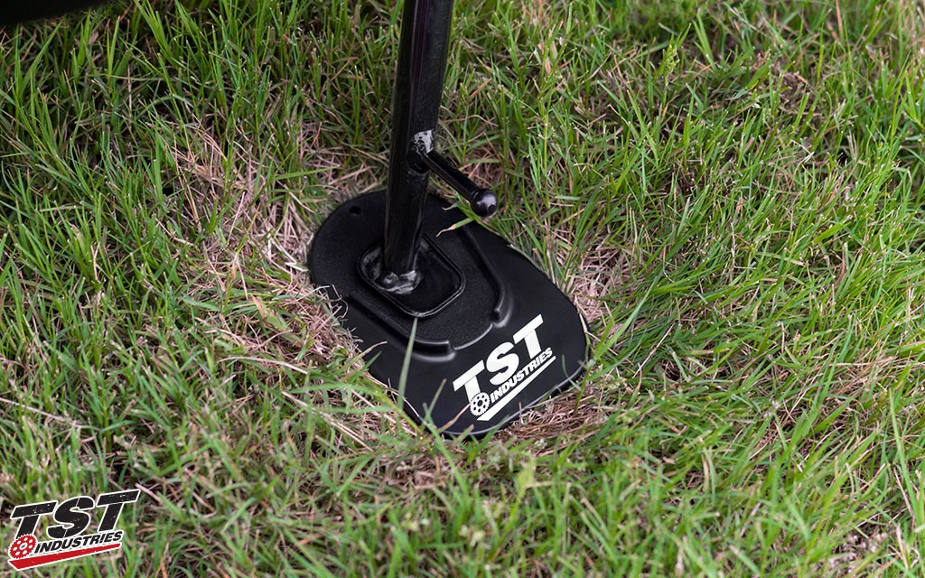 Keep your bike upright and prevent kickstand sink on grass and soft ground.
