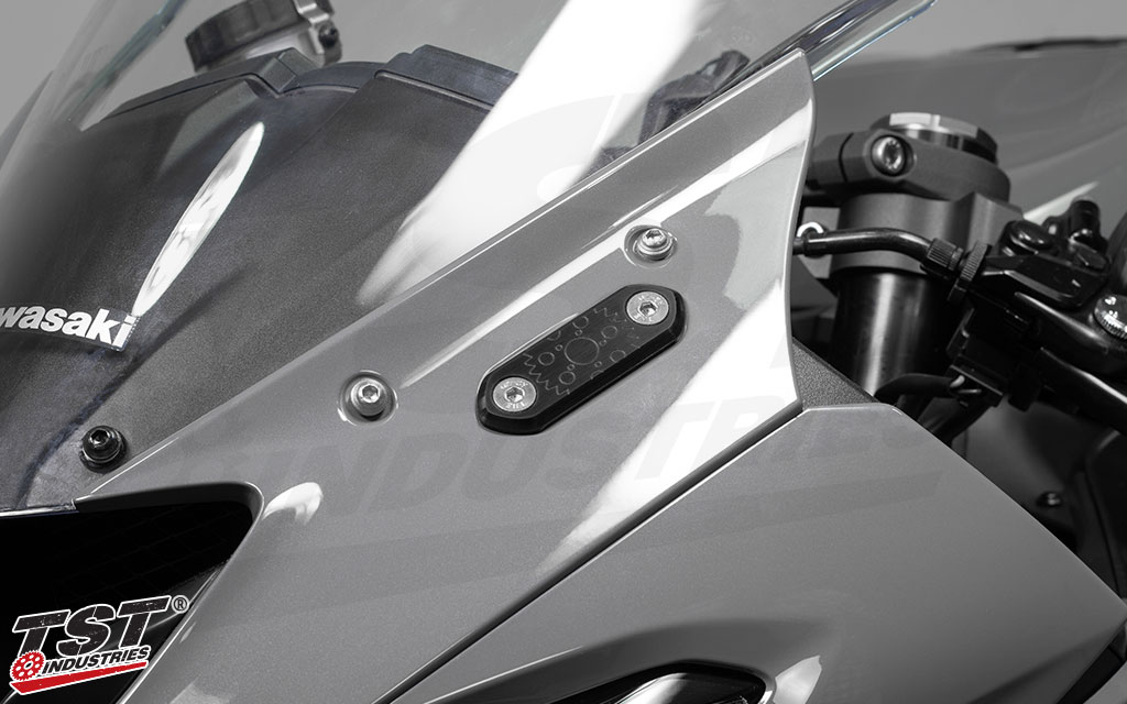 Compatible with the 2019+ Kawasaki ZX6R.