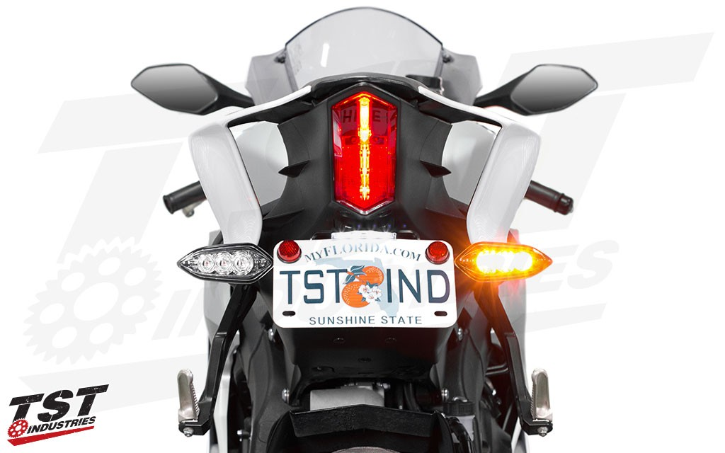 Elite-1 Fender Eliminator shown with optional OEM Signal Bracket Kit and LED Stealth License Plate Light.