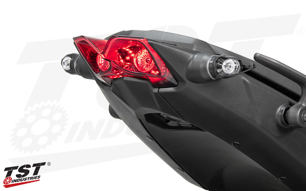 Exclusive lens design elevates your three-wheeled Yamaha to the next level. (Shown with MECH-GTR Turn Signals - Sold separately)