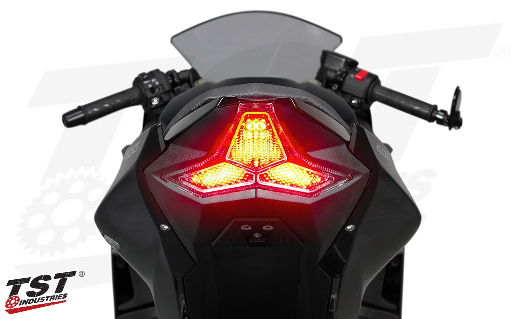 Extremely bright LEDs and 9 programmable light modes provide many brake alert options that enhance rider safety.