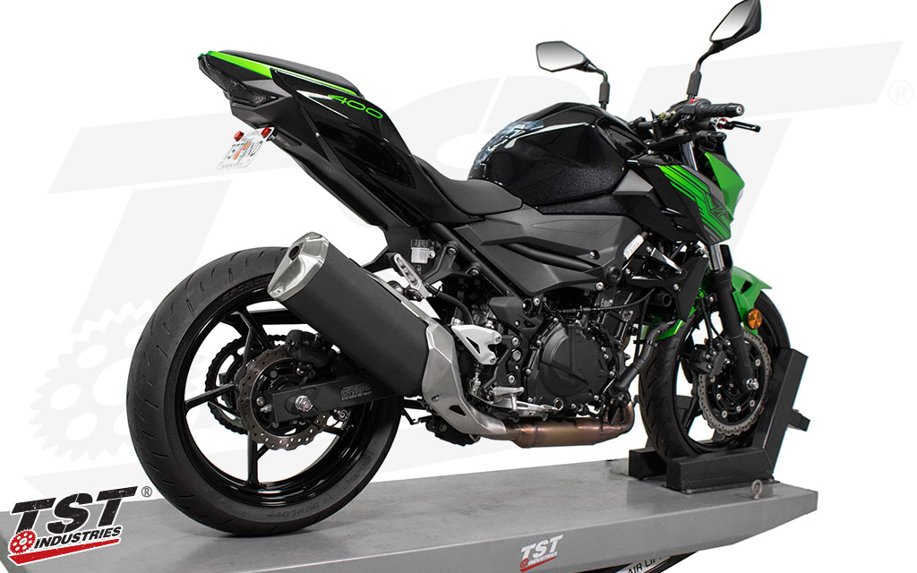 Remove the Z400 stock fender and gain a sleek and low profile license plate mounting solution.