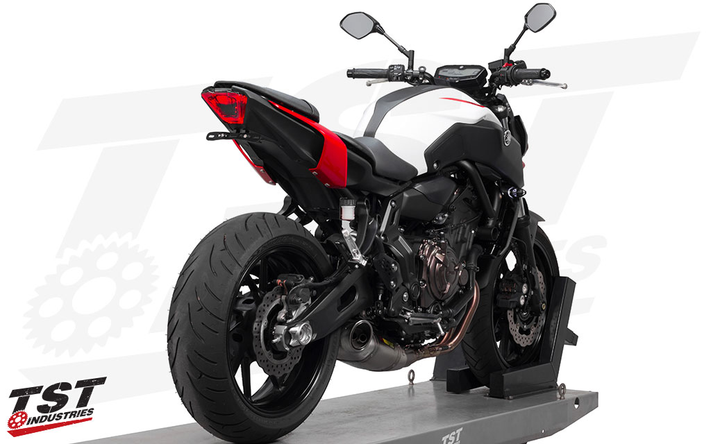 Overhaul the look of your entire 2018+ Yamaha MT-07. (Elite-1 Fender Eliminator sold separately)