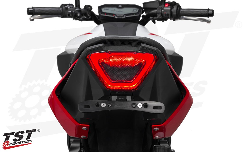 Perimeter running light produces an aggressive, high-end look for your 2018+ Yamaha MT-07. (Elite-1 Fender Eliminator sold separately)