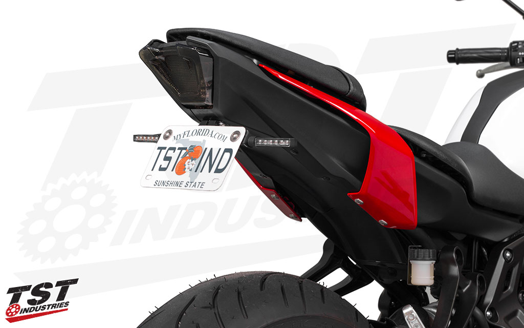 Ditch the OEM MT-07 fender and fill the gap left behind with the Elite-1 Fender Eliminator. (BL6 Signals sold separately)