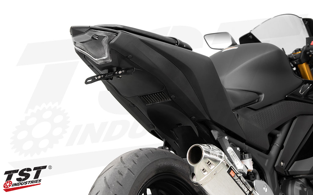 Gain a race inspired look on your R3 with a clean undertail and lightweight license plate bracket.