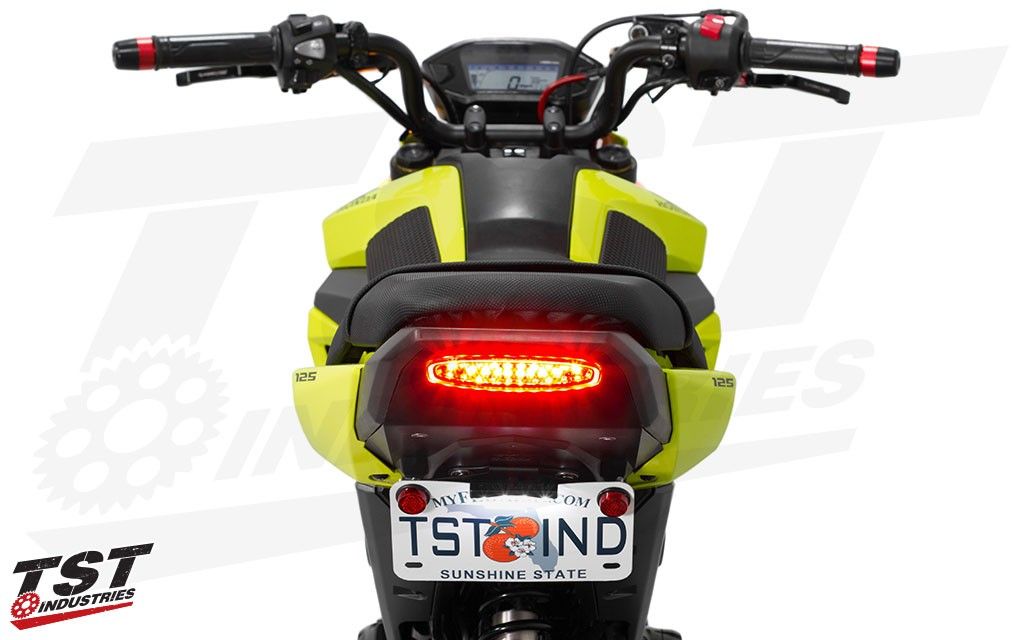Built with super-bright LEDs to ensure maximum visibility. (brake light mode)