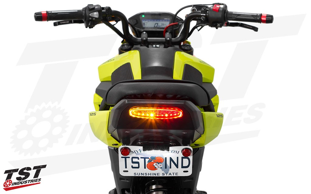 2017 Honda Grom integrated tail light and undertail system with the low bracket. (signaling mode)