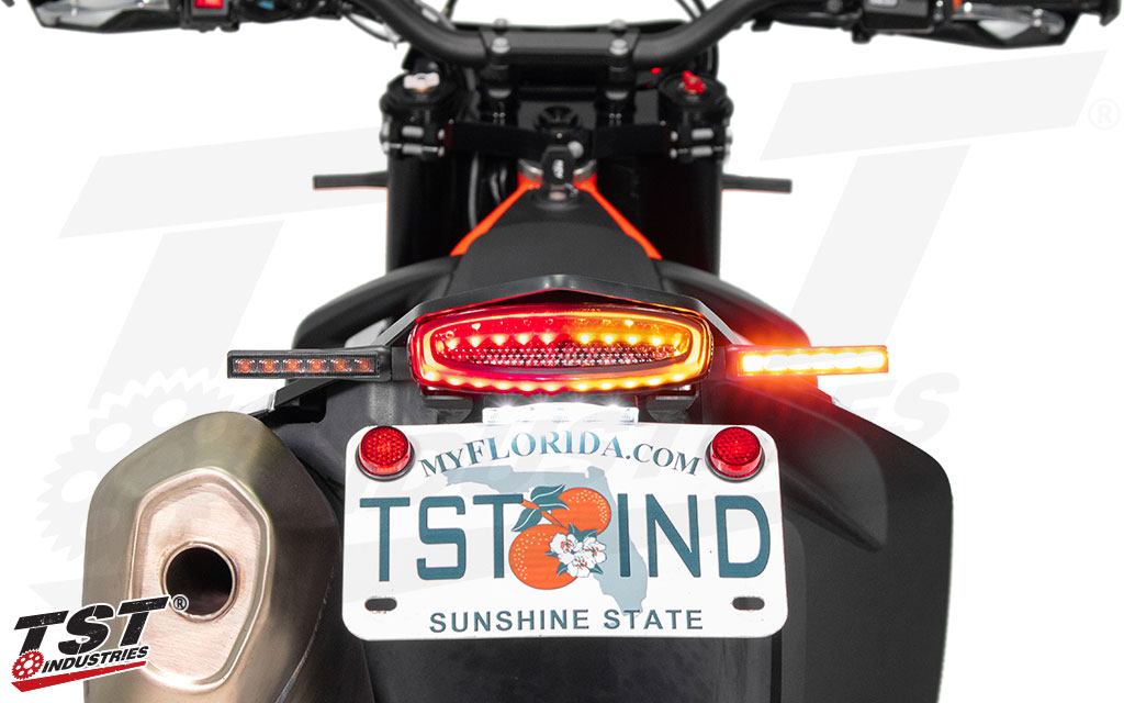 With our plug and play wiring, the harness makes it easy to run dedicated turn signals with your integrated tail light.