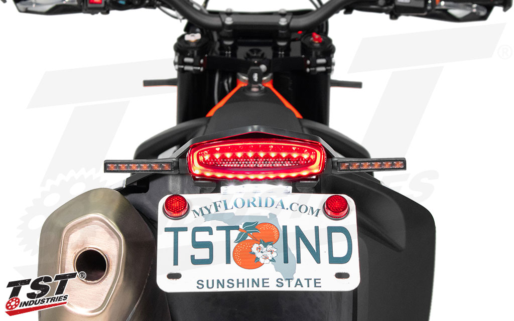 Fully compatible with any TST LED Pod Turn Signal or aftermarket turn signal using bullet connectors and standard stud width.