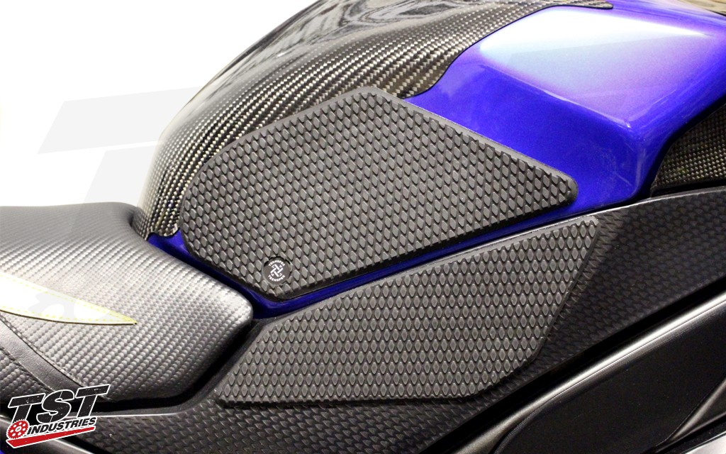 TechSpec Gripster Tank Grips on the Yamaha R1