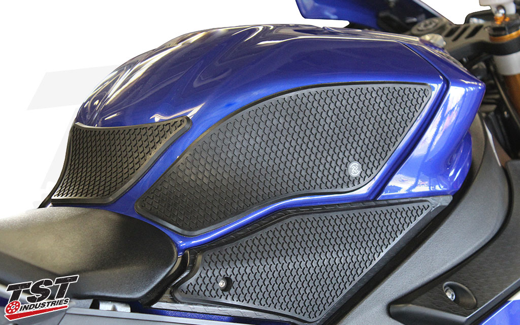 Snake Skin material on the 2015+ Yamaha YZF-R1.
