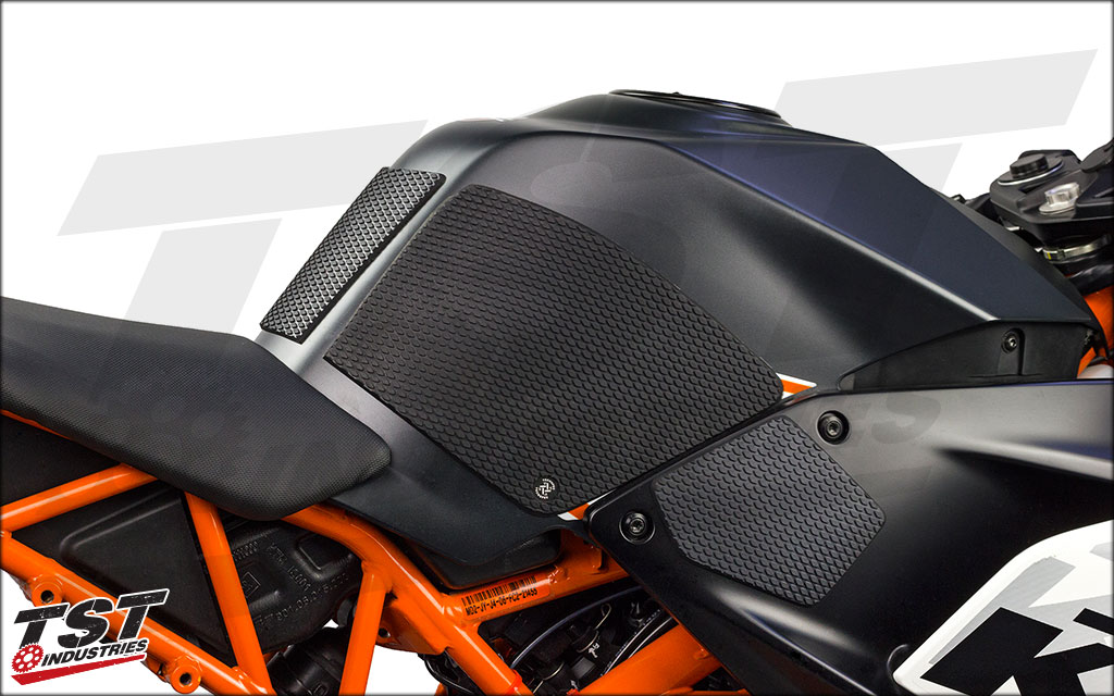 Center protector and tank grips provide awesome grip and bodywork protection all the way around