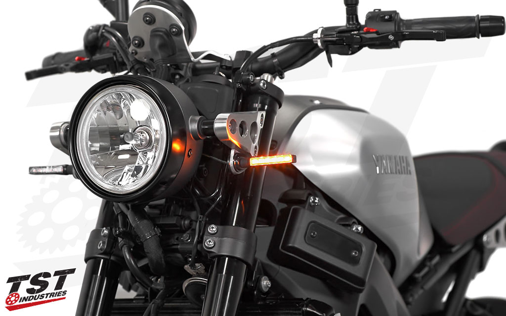 Upgrade your XSR900 to a bright and slim pod turn signal.