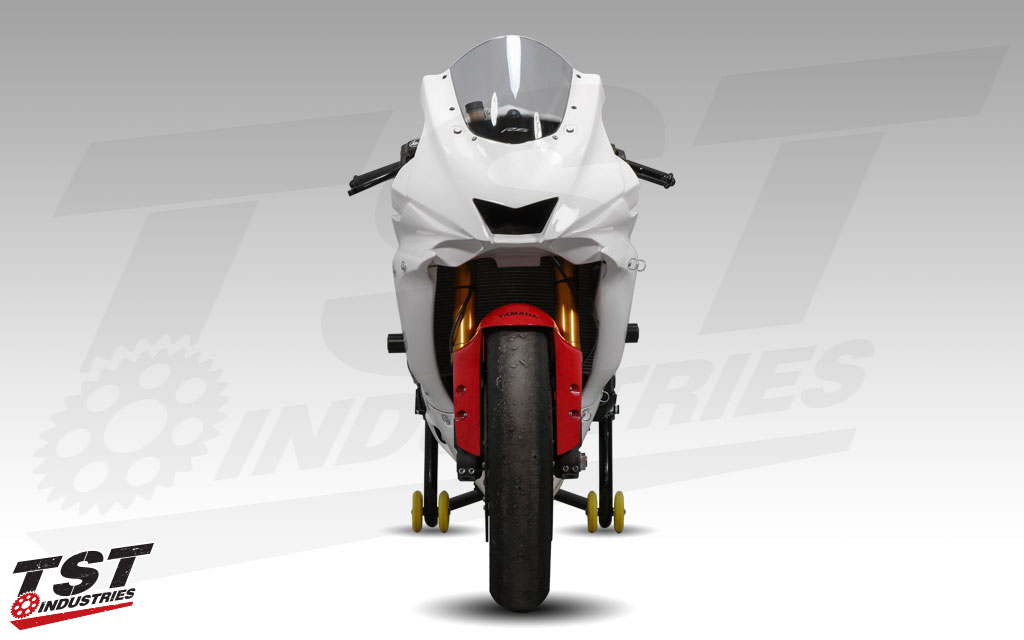 Bikesplast Race Fairings are used on the TST R6 Supersport.