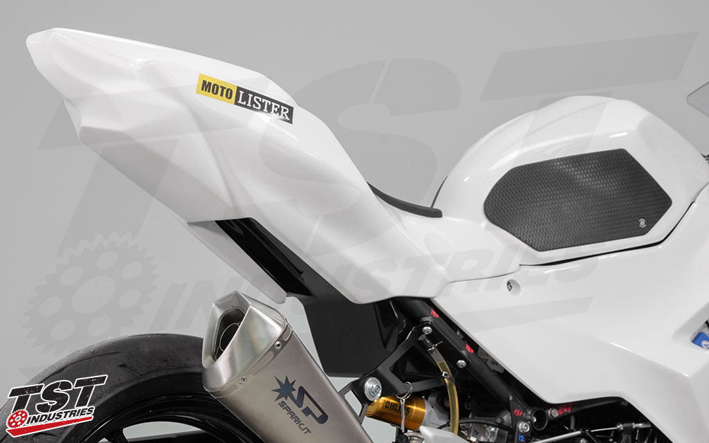 Bikesplast fairings feature UV stable GFK Fiberglass FLEXI construction with reinforced stress areas. (Bikesplast Race Tank Cover sold separately)