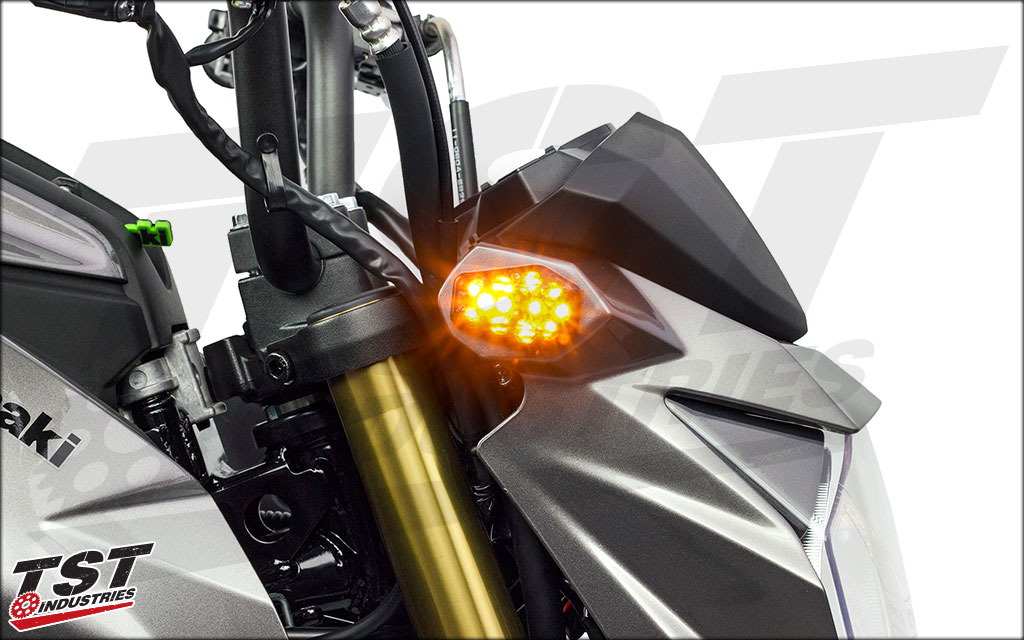 12 superbright LEDs packed into these flush mount turn signals