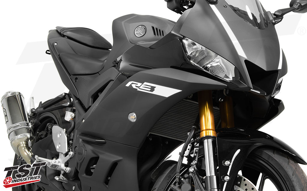 Compatible with both generations of the Yamaha YZF-R3.