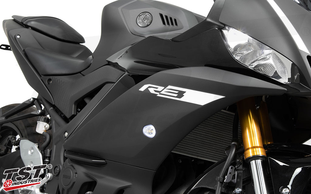 Upgrade your 2019+ Yamaha R3 with the HALO-GTR Front Flushmount Turn Signals.