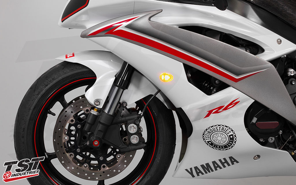 TST GTR Front LED Flushmount Turn Signals for the 2008 - 2016 Yamaha YZF-R6. (Non-blemished units shown)