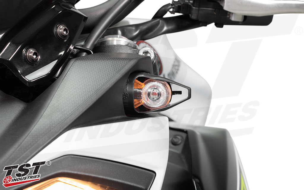 6 optional running light colors are available and include a Wiring Kit to provide the running light function on your Kawasaki Z.