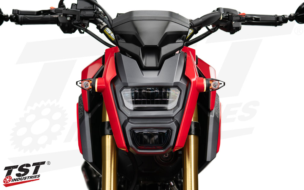 Amber HALO Running Light color shown on the 2017+ Honda Grom.