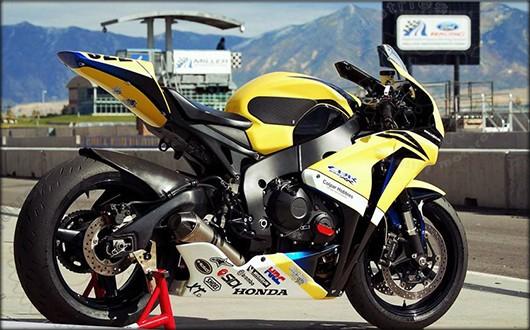 TechSpec Gripster Tank Grip Honda CBR1000RR.