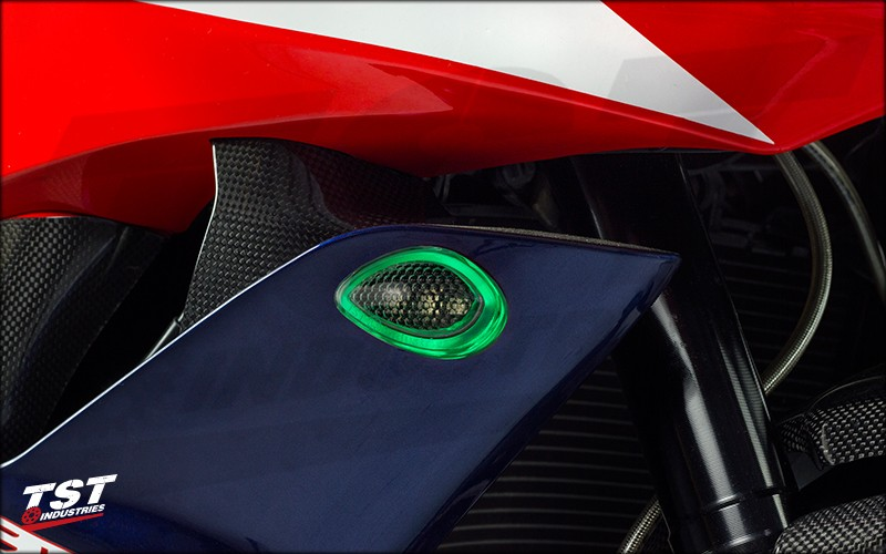 TST LED HALO-1 Front Flushmount Turn Signals on the 2007-2012 CBR600RR. (Green HALO shown)