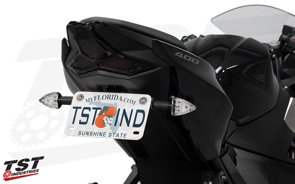 Upgrade your Kawasaki with TST LED ARO18 rear pod signals.