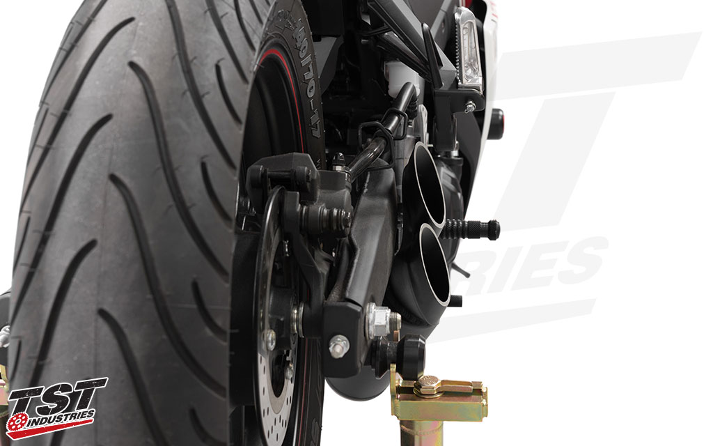 Toce's sleek Razor Tip Exhaust sits close to the R3 frame.