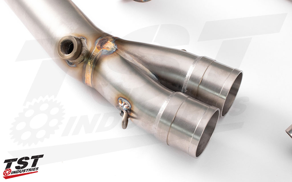 Features a welded on bung for proper O2 sensor installation.