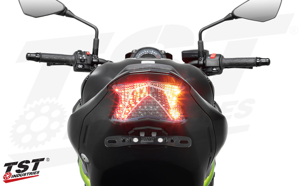 Select between 9 programmable and sequential light modes to find the right one for your 2017+ Kawasaki Z900.