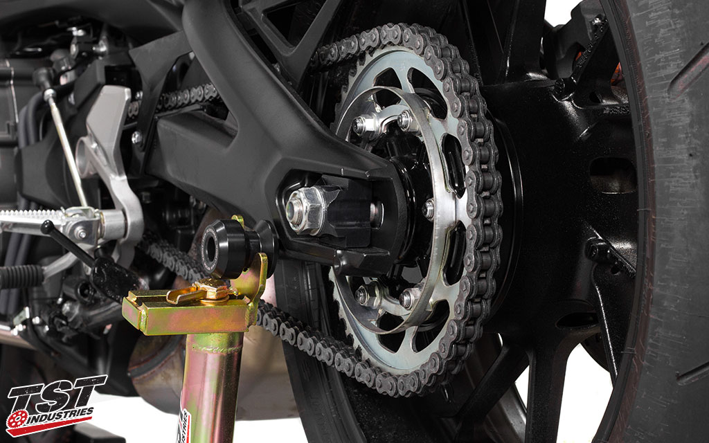 TST Industries Axle Block on the 2017+ Yamaha FZ09 / MT09 removes the stock swingarm fender bracket simply and easily!