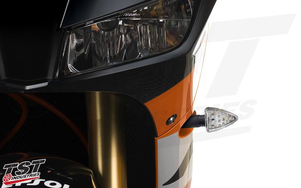 ARO18 LED Pod Turn Signals on the 2013+ Honda CBR600RR.