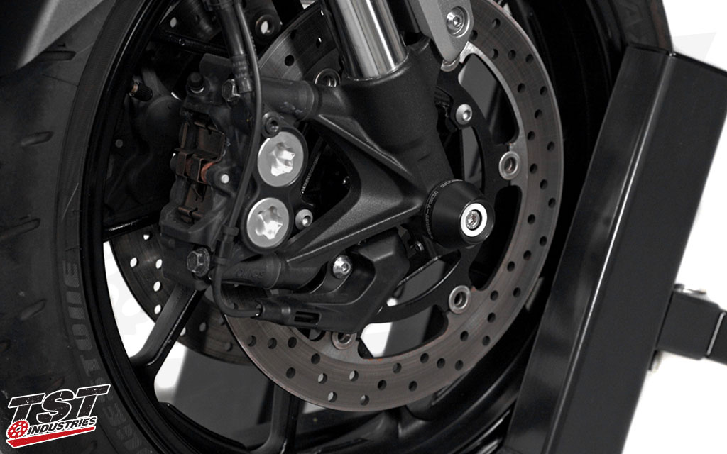 Protect your 2016+ Yamaha XSR900 with Womet-Tech fork sliders.