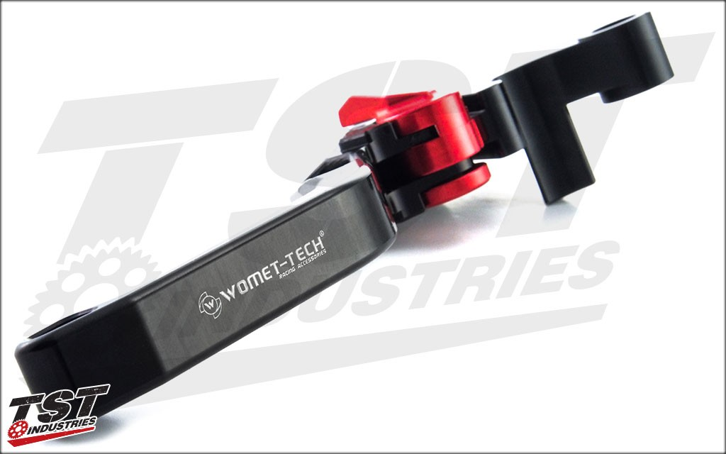 Black and red anodized finish for a strong and long-lasting finish.