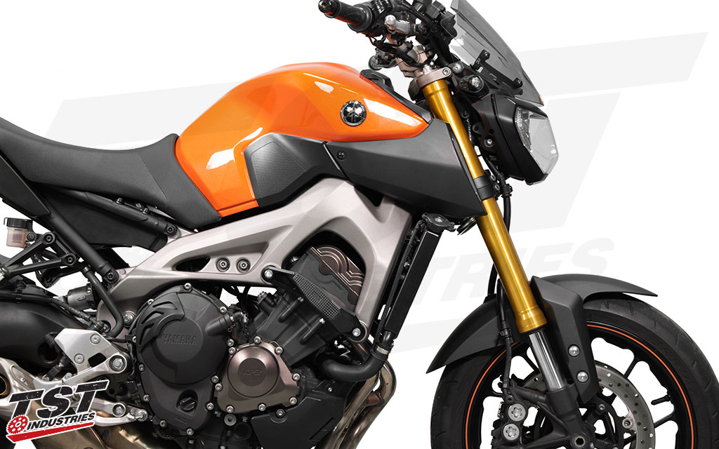Womet-Tech Evos Edition Frame Slider Crash Protection installed on the first generation Yamaha FZ-09 / MT-09.
