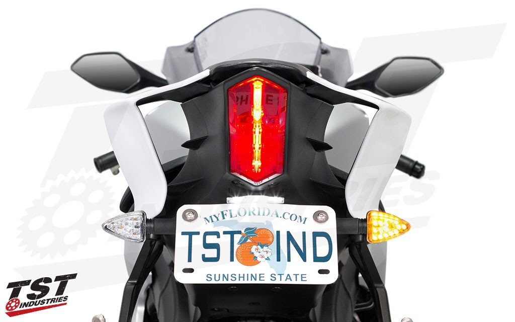 Get sleek and bright signaling on your Yamaha YZF-R6.