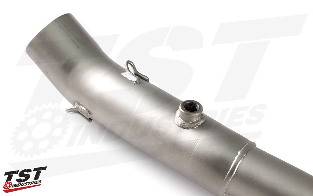 Improve your Yamaha FZ-07 / MT-07 / XSR700 with the Yoshimura R-77 Full Exhaust System.