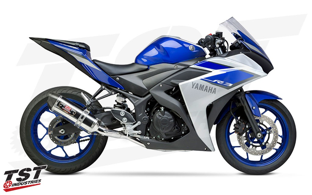 Yoshimura Race Seriers R-77 Full Exhaust installed on the 2015+ Yamaha YZF-R1.