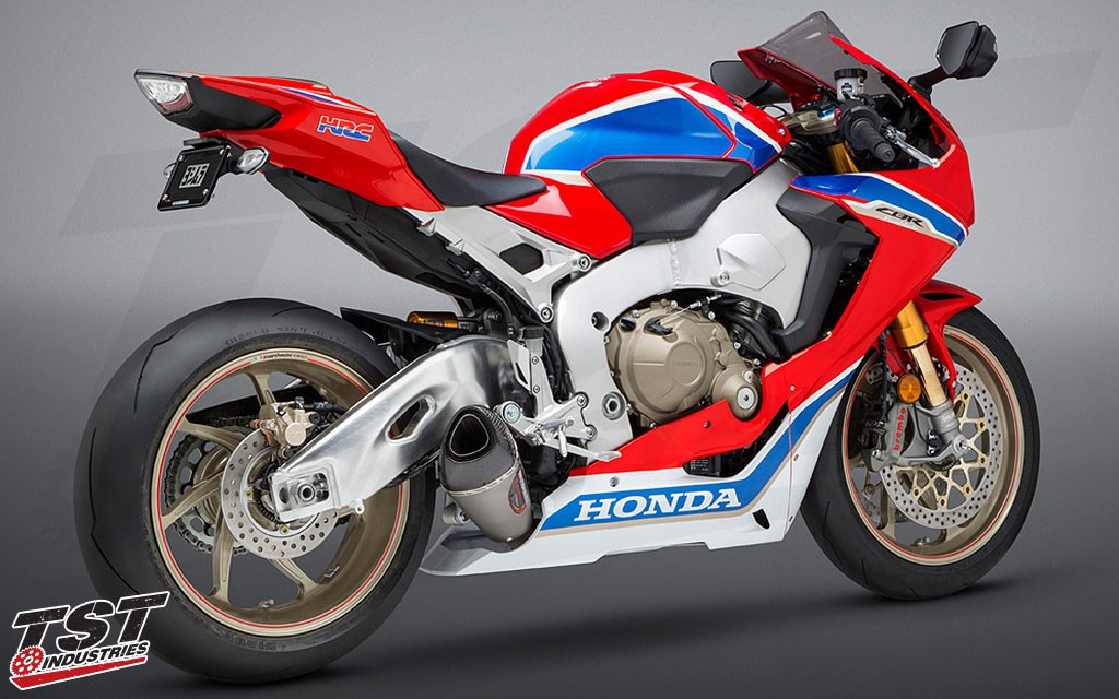 Improve your Fireblade's looks, sound, and performance with the Yoshimura ALPHA T Slip-On.