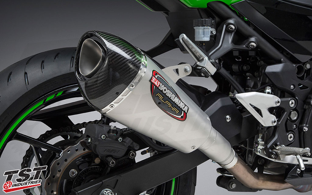 High quality Yoshimura race grade construction canister features a carbon fiber exhaust tip.