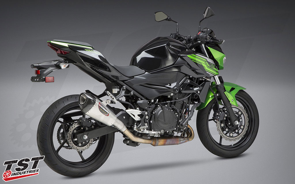 Gain more performance, better looks, and better sound with the Yoshimura slip-on exhaust for the Z400 and Ninja 400.